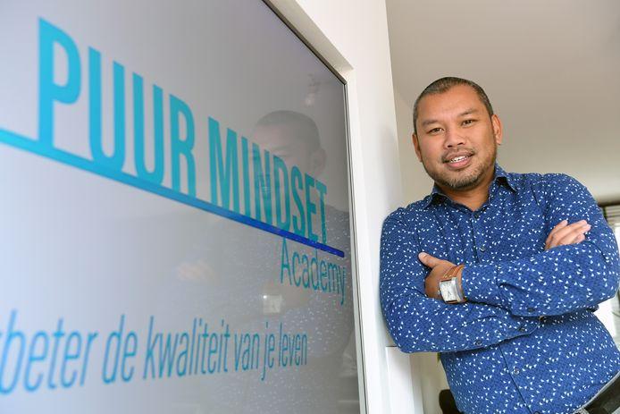 Jerik van Nuenen: 'van dj naar levenskunstenaar'.