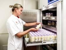 Duizenden vrouwen bieden moedermelk aan voor coronaonderzoek