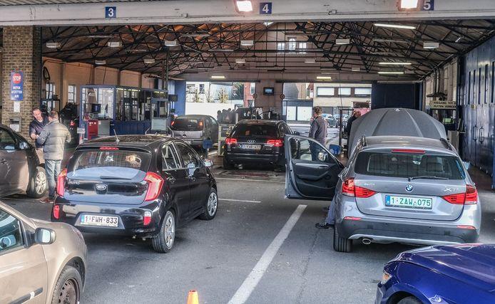 Donderdag werden de laatste wagens gekeurd in de autokeuring Harelbeke.