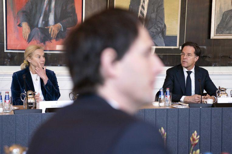 Kaag, Hoekstra en Rutte tijdens de bijeenkomst met Tweede Kamervoorzitter Arib. Beeld ANP