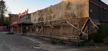 Trois mineurs arrêtés puis relâchés après l'incendie du Carrefour Market de Belgrade