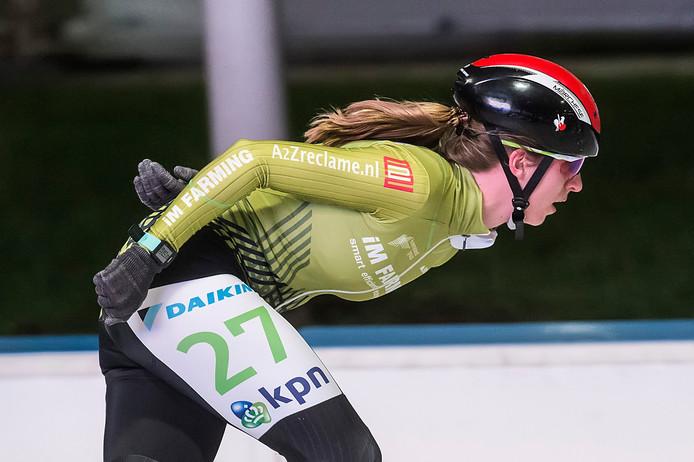 Janneke Elzinga hier in actie op archiefbeeld tijdens de KPN Marathon Cup: 'Het was een seizoen vol vallen en opstaan. Letterlijk.'