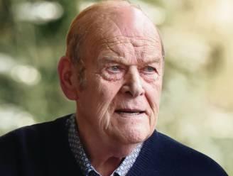 """Etienne Symoens (74) van rondrijdende frituur Etienne overleden: """"Dertig jaar lang luisterend oor voor vele Ninovieters"""""""