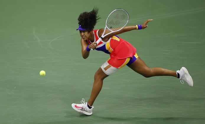 De Japanse Naomi Osaka in haar eenvoudig gewonnen tweederondepartij tegen de Italiaanse Camila Giorgi.
