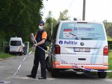Le Sedee a quitté les lieux, la police éloigne encore les curieux