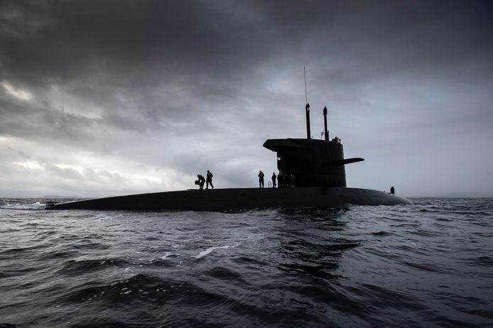 Vanwege de positieve ervaringen laat de marine ook vrouwen toe als bemanningsleden bij de Onderzeedienst.