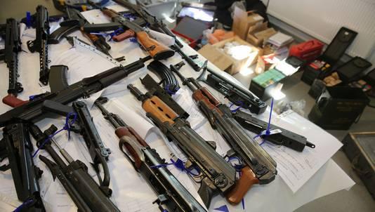 De mannen worden verdacht van wapenhandel. Foto ter illustratie.