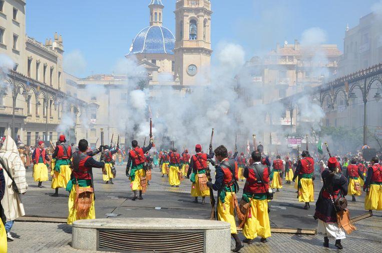 De stormloop op de Plaza España Beeld null