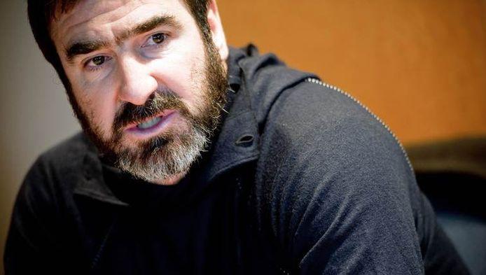 Ex-voetballer Eric Cantona lanceerde de controversiële anti-bankenoproep.