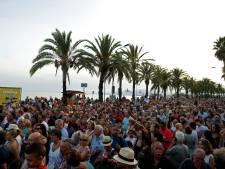 """""""Sans peur"""", Barcelone manifeste neuf jours après l'attentat"""