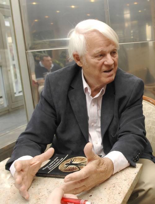 Professor Richard Lynn.