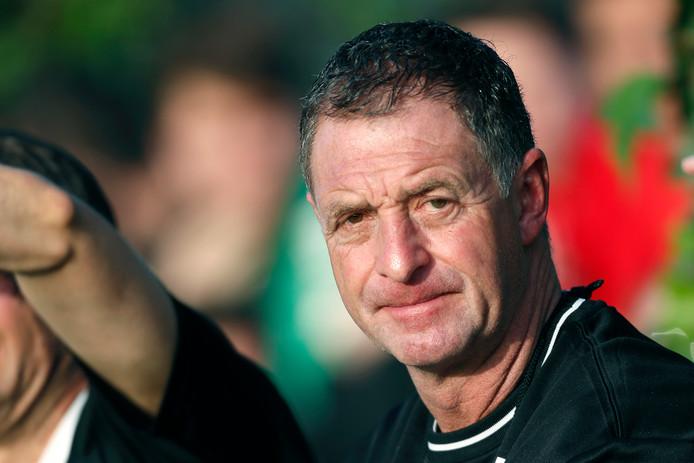 Ernie Brandts neemt afscheid bij het gedegradeerde NEC.