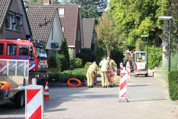 Vanwege een gaslek in de Apeldoornse wijk Het Loo was woensdagochtend de brandweer ter plaatse.