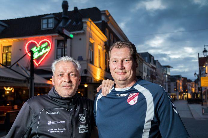 Nederland,  Den Bosch, de voetbaltrainers en broers Rob en Marco van Loon
