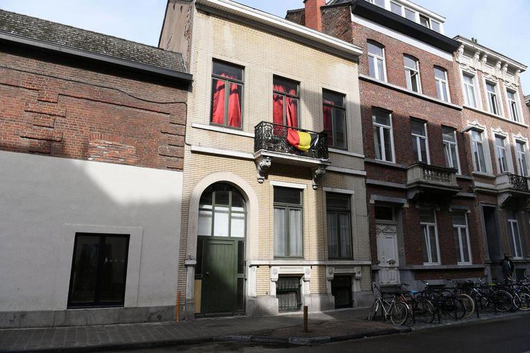 Vanuit dit pand in de Blijde Inkomststraat zou een drugsnetwerk georganiseerd zijn. Ook dit is een pand van de beruchte kotbaas Appeltans. Beeld Vertommen