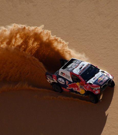 Al-Attiyah snoept in Dakar Rally secondes af van voorsprong Peterhansel, Van Loon in top tien