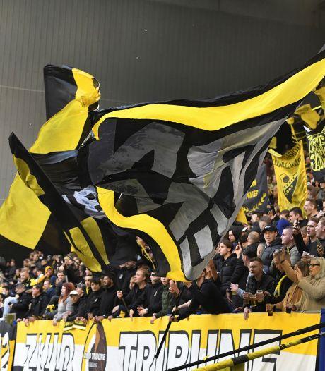 Groot spandoek mag niet in uitvak bij NEC-Vitesse: 'Jammer dat deze traditie ons wordt afgenomen'