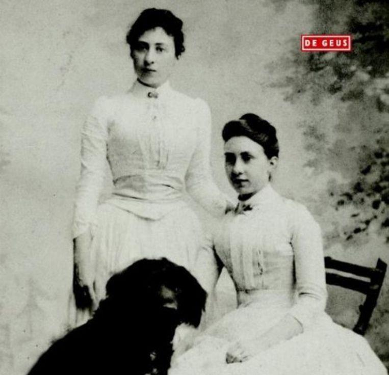 Elisabeth Leijnse kon voor Cécile en Elisa - strijdbare freules, putten uit een enorme verzameling brieven en dagboeken. Beeld