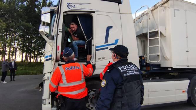 Belgische en Franse politie houden controleactie tegen mensensmokkel