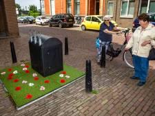 Minituin rond afvalcontainer in Deventer moet zorgen voor minder rotzooi