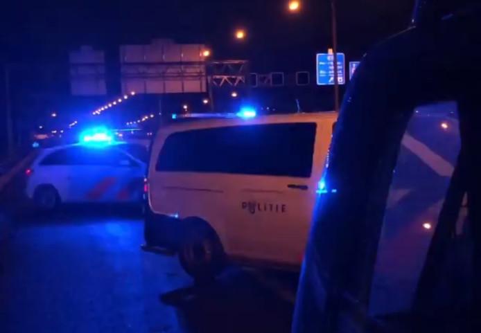De vrouw werd door de politie aangehouden op de A15.