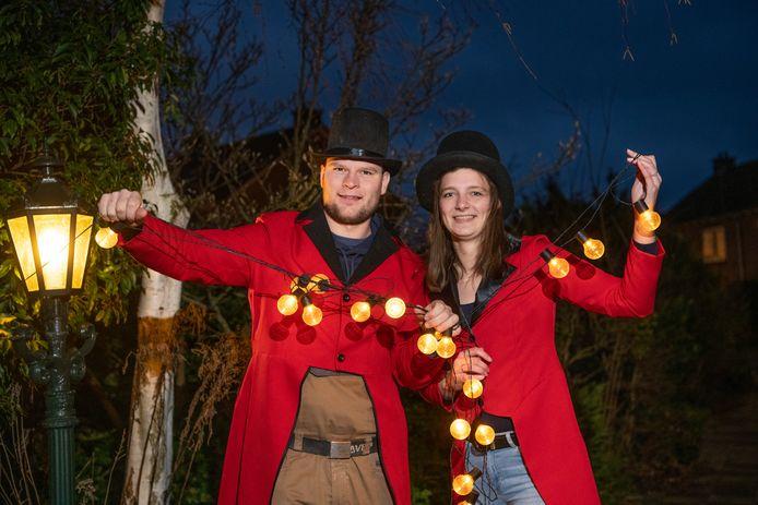 Tije Bosse (links) had een groots idee tijdens het carnavalsweekend in Voorst, maar moet zijn Tuinrace nu toch cancelen. De avondklok beperkt het plan.