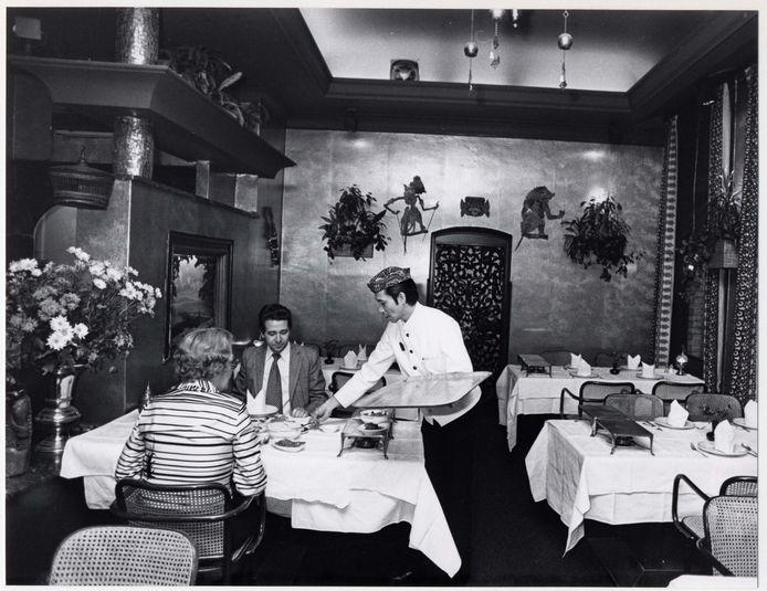 Restaurant Garoeda in de jaren vijftig en tot vandaag was er eigenlijk niets veranderd.