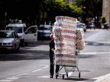 Voici pourquoi certains dévalisaient les rayons de papier toilette