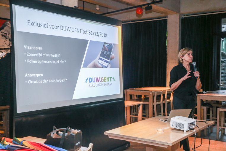 Duw.Gent staat voor directe democratie.