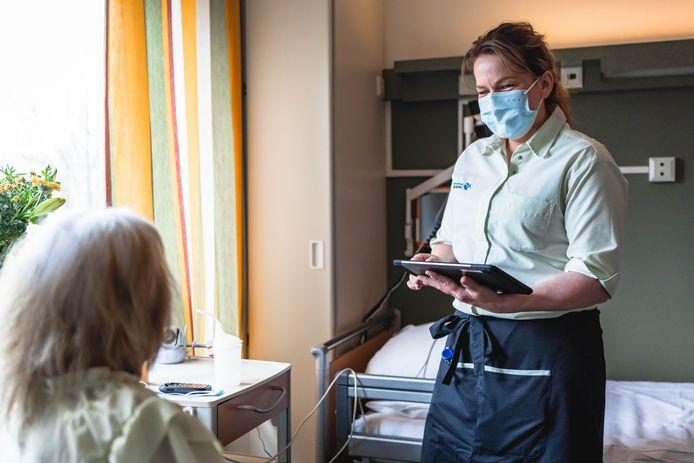 St Jansdal houdt sinds kort de voedingsinname van patiënten digitaal bij.