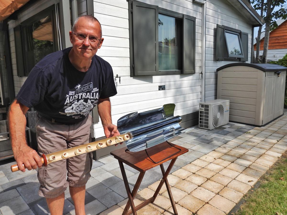 André Viergever maakt graag gebruik van zijn zonneoven.