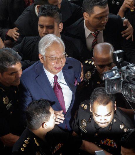 Oud-premier Maleisië aangeklaagd om megafraude