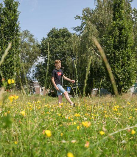 'Haast geboden, Etten-Leur. De kinderen willen spelen'