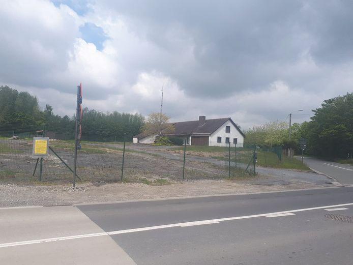 McDonalds liet hun oog vallen op deze site op de hoek van de Moorseelsesteenweg en de Oude Zilverbergstraat.