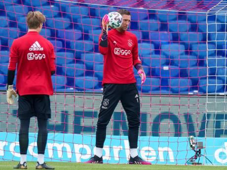 LIVE | Feyenoord begint met Teixeira en Bozenik aan Klassieker, Rensch bij Ajax naar linkerflank