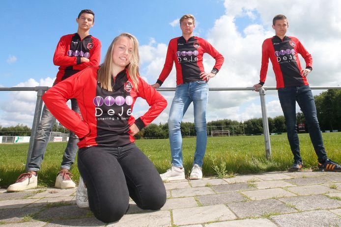 Ellen Fokkema kreeg van de KNVB dispensatie om uit te komen in het hoogste amateurelftal bij de mannen.