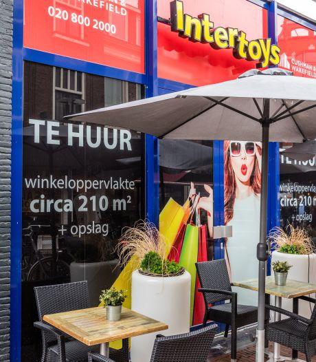Het ene na het andere winkelpand staat leeg in Amersfoortse binnenstad: 'Veel ondernemers staat het water tot aan de lippen'