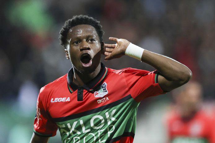 Jonathan Okita was tegen Fortuna Sittard de grote uitblinker bij NEC met een doelpunt en twee assists.