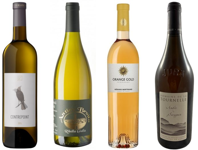 """""""Contrepoint"""" (Liège), """"Ribolla Gialla"""" (Italie), """"Orange Gold"""" de Gérard Bertrand (Languedoc) et """"Ambre de Savagnin"""" (Jura), quatre vins """"orange"""" à découvrir."""