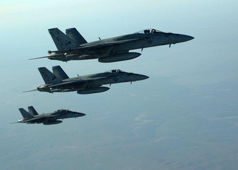 Een formatie F-18 Super Hornets.  Beeld Photo News