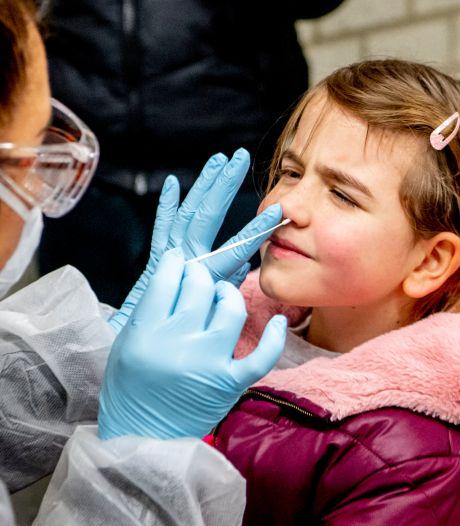 Steeds meer Utrechtse kinderen laten zich testen, maar zijn ze ook vaker besmet? En zes andere vragen