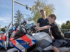 Boeven vangen en rijden op politiemotor op Veiligheidsdag Wageningen