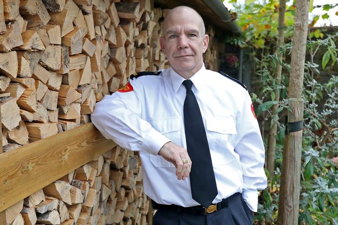 Brandweercommandant Bennie Hekkelman kan de kritiek op de brandweerlieden moeilijk verteren.