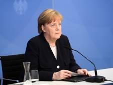 Merkel in historische 5 mei-lezing: 'Niets kan de leegte vullen die de dood heeft achtergelaten'
