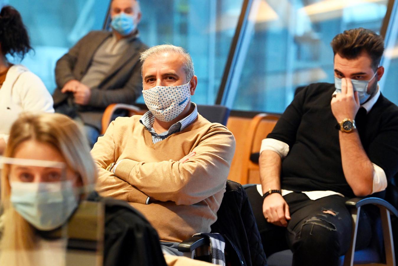 30 november: Melikan Kucam en zijn zoon Emanuël (22) zitten in de correctionele rechtbank van Antwerpen.