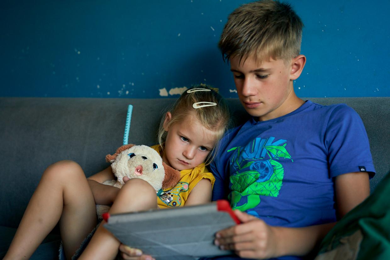 Meisjes pikken bepaalde uitdrukkingen sneller op dan jongens, zeggen experts. Beeld Joris Casaer