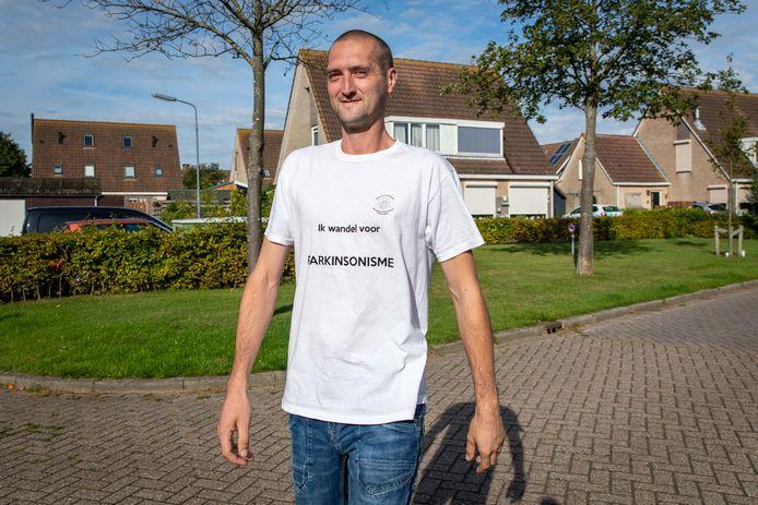 Mark Dingemanse loopt drie grote afstanden voor zijn zieke vader.