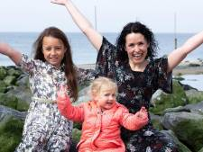 Raisa (9) en Roozmarijn (2) vloggen: Zo mooi is Zeeland en zo vriendelijk is Zeeland voor kinderen