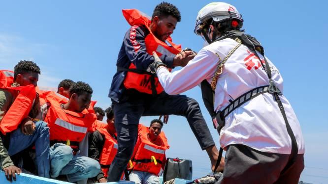 Meer dan 200 bootmigranten gered uit de Middellandse Zee