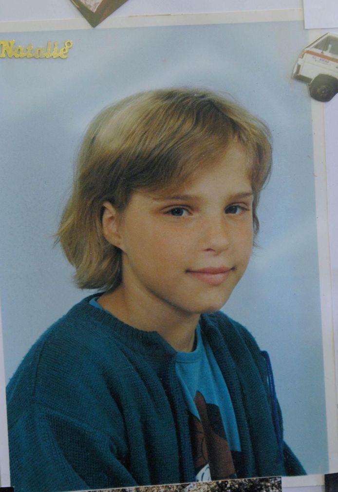 Nathalie Geijsbregts aurait eu 40 ans cette année. Elle a disparu le 26 février 1991 alors qu'elle attendait le bus pour se rendre à l'école à Leefdaal, dans le Brabant flamand. La fillette a probablement été enlevée. Si nom est apparu dans plusieurs enquêtes criminelles, Nathalie n'a jamais été retrouvée.